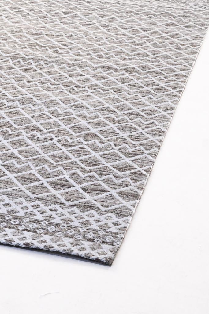 Μοντέρνα χειροποίητα κιλίμια από φυτικό μετάξι(bamboo silk)